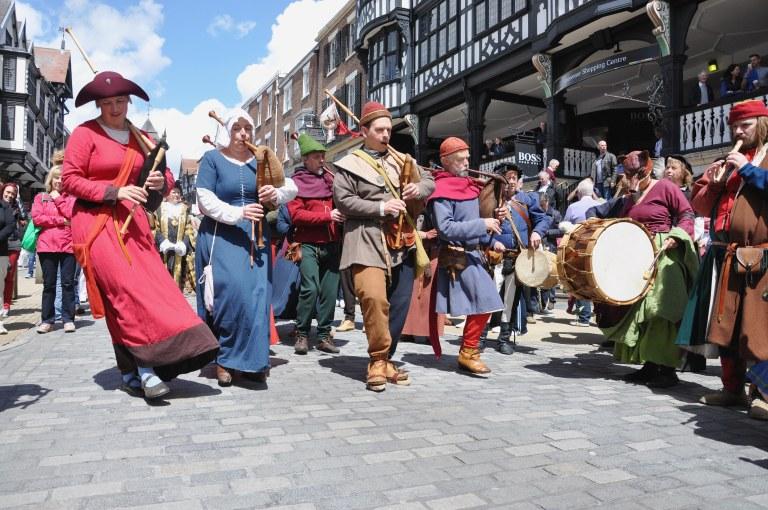 Minstrels dance on Bridge Street